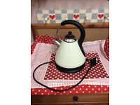 Kettle for display only