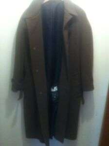 BILL BLASS WOOL COAT MINT CONDITION REDUCE $40.0  $150.00