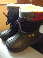 Buster brown boots size 3