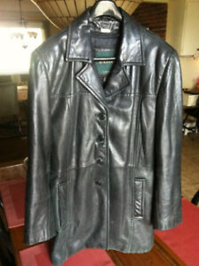 Womans Danier Leather Jacket With Removable Liner Exc Cond! $30