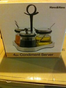 Brand New Wares and Wares 4 Piece Condiment Server