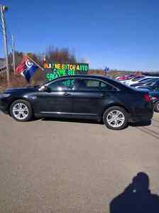 2013 Ford Taurus SEL AWD! Only $16995 Mint shape !!
