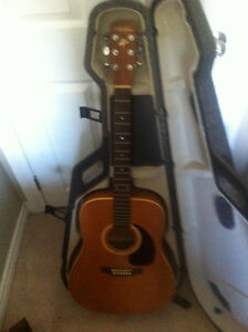 Art & Lutherie Wild Cherry - Musician Owned from new !