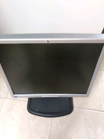 HP Monitor 19 inch