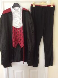 Halloween Dracula Costume for Man - Size Large