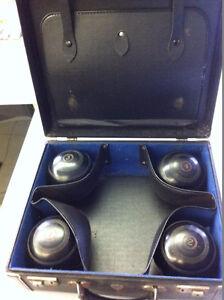 Antique Henselite Lawn Bowls with original case