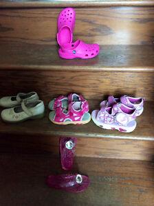 Chaussures d'été fille grandeur 12