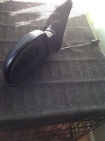 Ford Focus 02 passenger side grey wing mirror housing. ( missing glass)