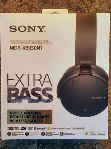 Sony wireless noise-cancelling Extra Bass Headphones MDR-X8950N1
