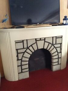Wood/stone fireplace mantle (honey harbour)