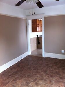 1st July- 2 BDRMS downtown duplex, place for gardening !!