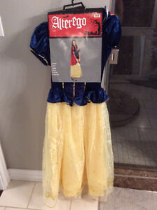 Brand New|  Adult Snow White Costume (Small)