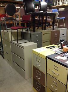 LOTS OF 2/3/4/5/6 DRAWER VERTICAL /LATERAL METAL FILING CABINETS Kitchener / Waterloo Kitchener Area image 5