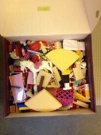 Box of mixed lego
