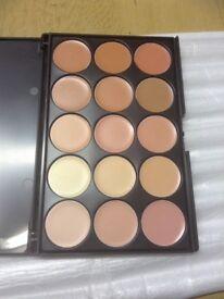 15 Colour Cream Contour. Colour Correction. Concealer Palette 01