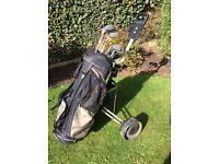 Full golf club set with bag and trolley £75