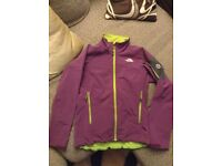 The North Face summit series, soft shell jacket - ideal for skiing layer