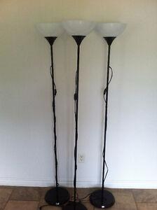Lot 3 Lampe sur Pied IKEA Noir