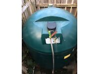 Free oil tank for collection