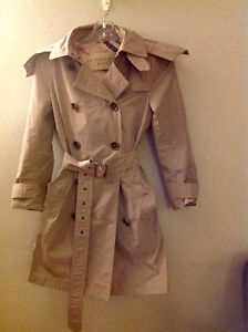 BURBERRY LIGHTWEIGHT HOODIED TRENCH COAT- PRICE JUST REDUCED