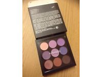 9 colour eyeshadow palette ... A44