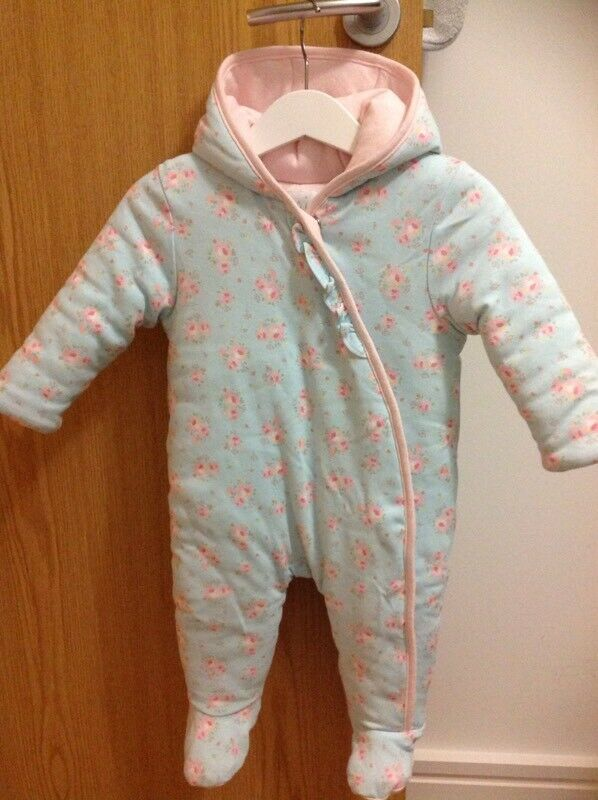 05ef0fd0e096 Miniclub Baby Girls Pram Suit 3-6 Months