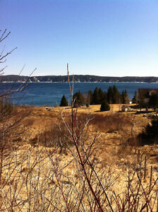Overlooking the ocean, 1/2 acre lot, on the East Coast Trail