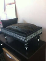 NEW hand crafted small dog/ kitty bed         ZEBRA print