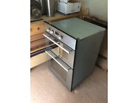 Oven Hotpoint built in