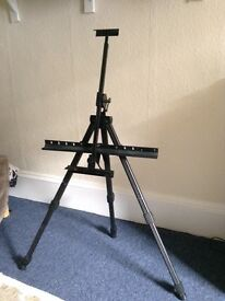 Windsor and Newton easel