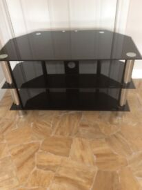 Tv stand (Can Deliver)