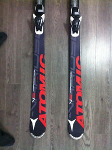 ATOMIC SKIS 173 - GREAT CONDITION - Gatineau Ottawa / Gatineau Area image 1