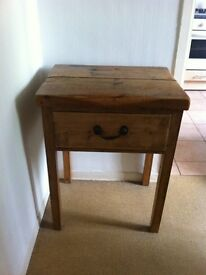 Chest of drawers hallway table £100 ono