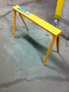 Adjustable Metal Sawhorse