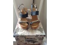 Ladies Black & Gold wedges size 7
