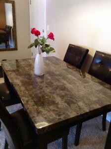 5 Piece Dining Set Granite Veneer Dark Grey And Black 400 OBO