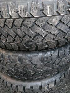 195 65 R15 very good condition winter tires