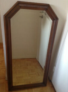 Quality Solid Oak Framed Bevelled Glass Mirror – Mint Condition