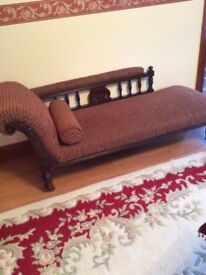 Antique Chaise lounge in excellent condition