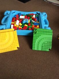 Mega Bloks Thomas the Tank Engine Building Table