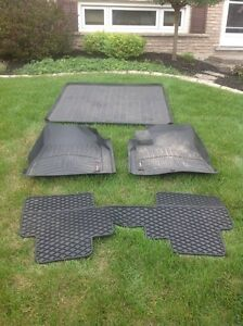 2012 GMC Acadia Weather Tech Mats