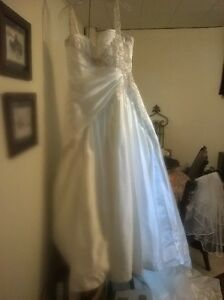 Sophia Tolle Wedding dress size 14-16