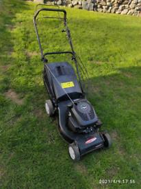 """18"""" self propelled petrol lawnmower"""