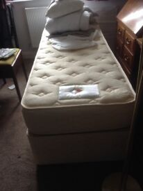 Single bed and linen