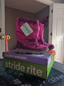 Size 1 Girls Stride Rite Winter Boots, New in Box London Ontario image 1
