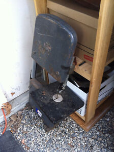 Table top bandsaw