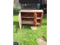Guinea pig/rabbit hutch