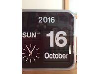 Quartz Calendar clock