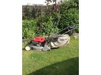 Honda mower HRD535