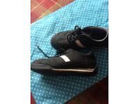 Size 6 safety trainers